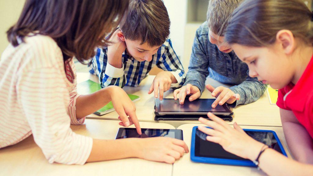 Estudo busca 'pensamento computacional' para crianças