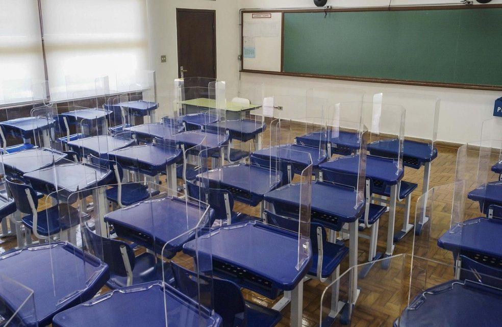 Liminar suspende retorno às aulas em áreas que estão nas fases vermelha e laranja em SP